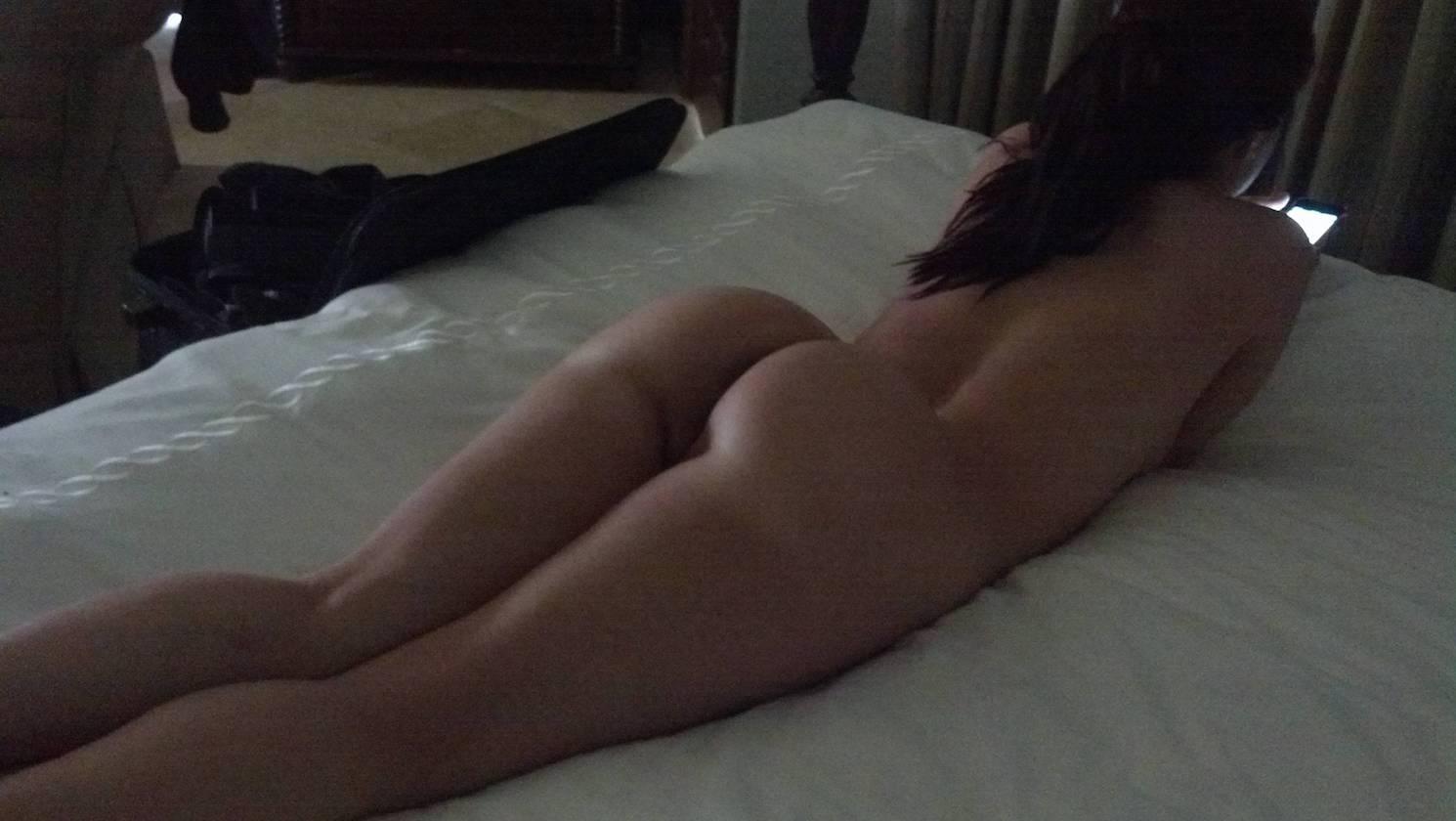 einsame Ehefrau möchte Hausfreund für geheime Sextreffen