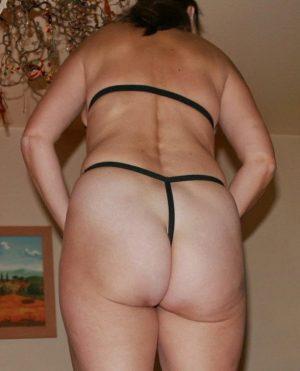 48 jährige Frau sucht Mann für eine Nebenbeziehung