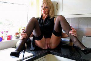 Reife Hausfrau sucht Hausfreund