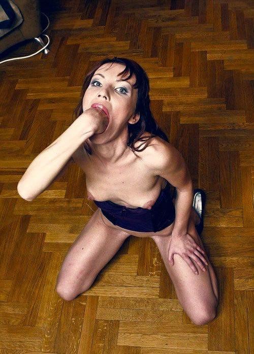 Realer Oralsex mit reifem Weib